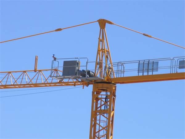 2006,塔式起重机