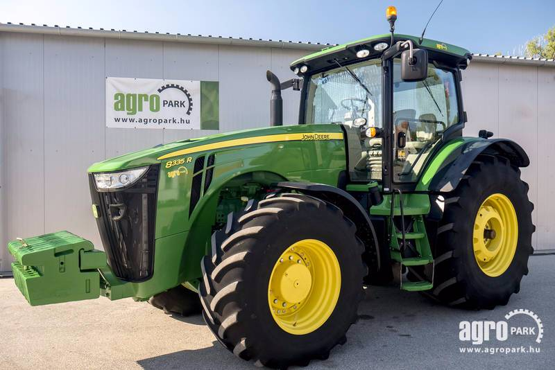 John Deere 8335R ILS with 1341 hours, Active seat, Powershift