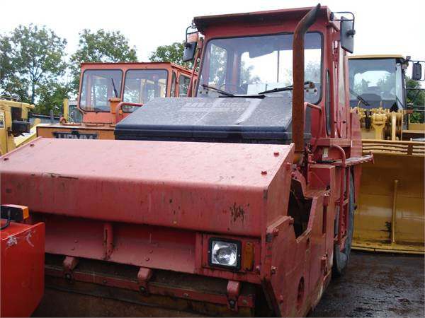 Caterpillar CB525