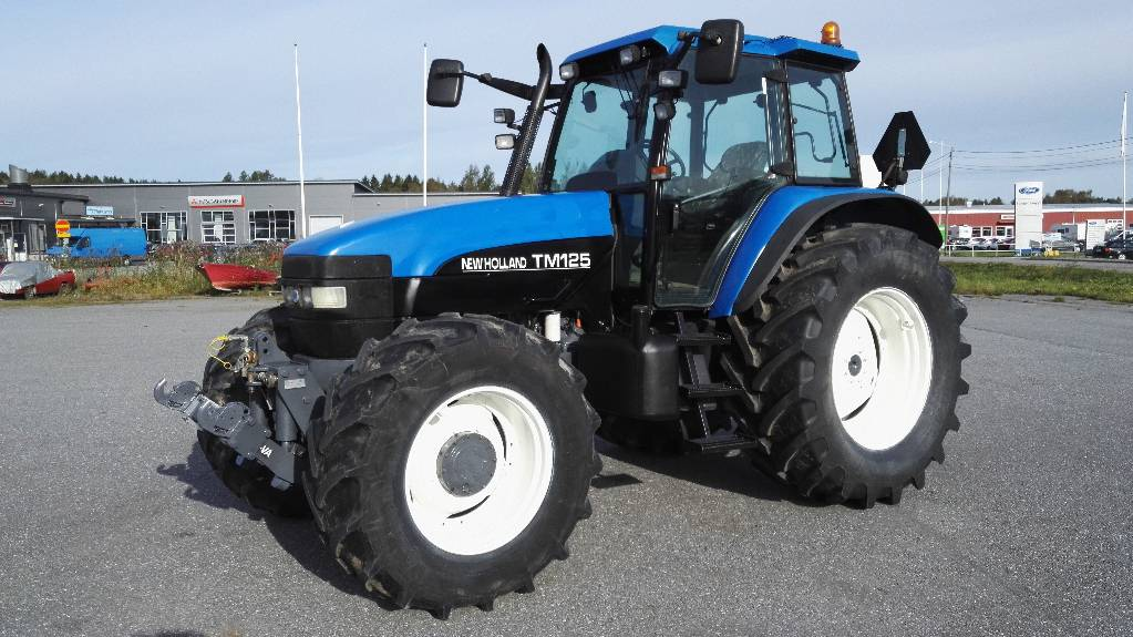 New Holland TM 125 RC SS