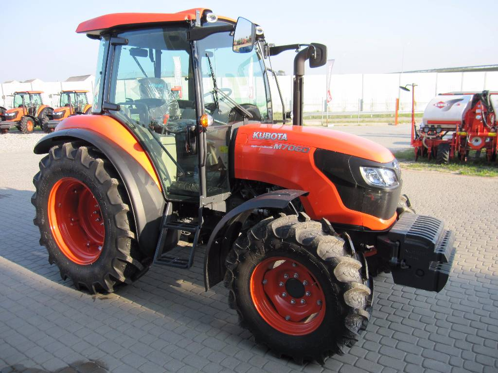 Used Kubota M7060 tractors Year: 2014 for sale - Mascus USA