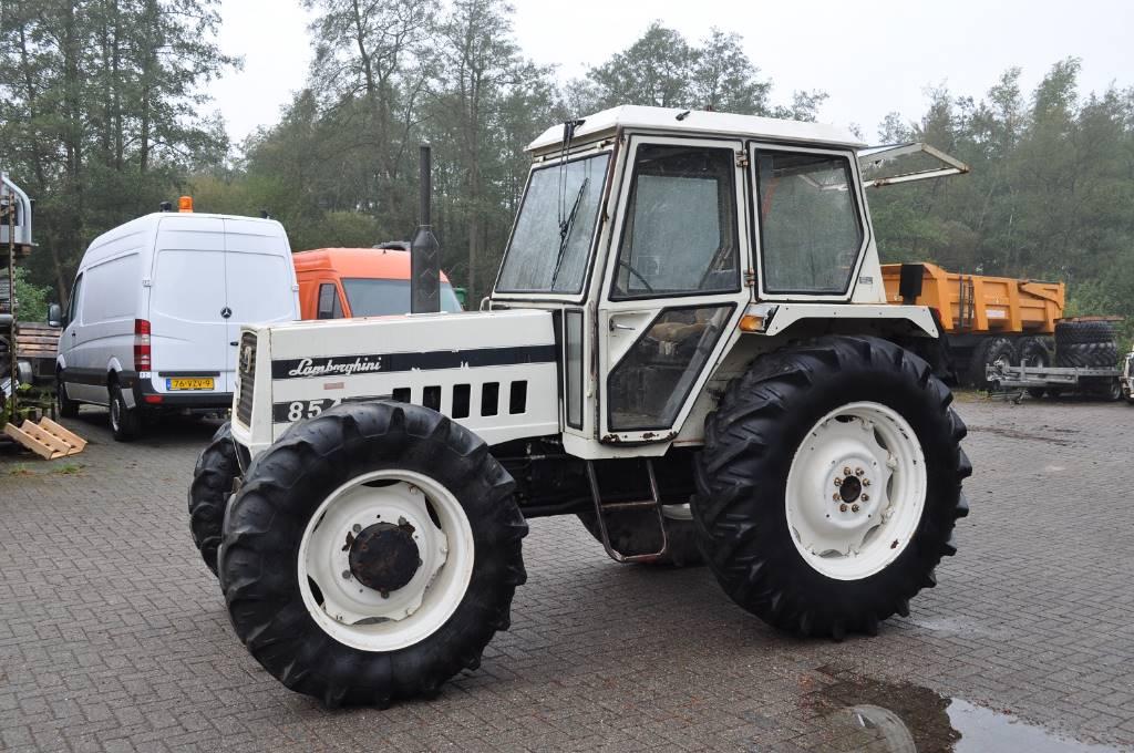 lamborghini 854dt gebrauchte traktoren gebraucht kaufen und verkaufen bei c315259e. Black Bedroom Furniture Sets. Home Design Ideas