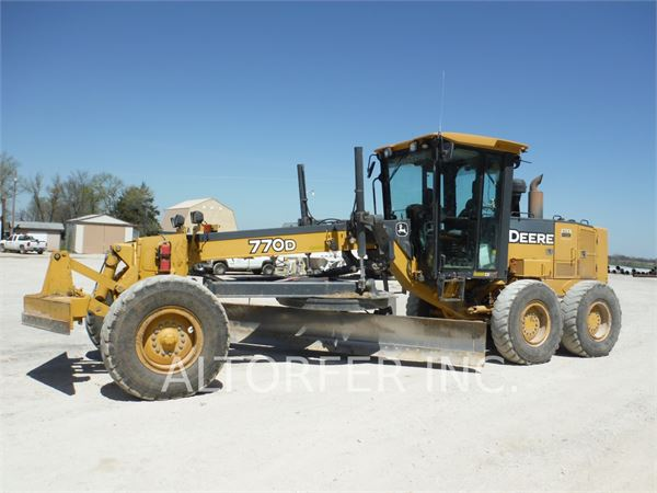 Hannibal (MO) United States  City pictures : John Deere & CO. 770D for sale Hannibal, MO Price: $51,500, Year: 2005 ...