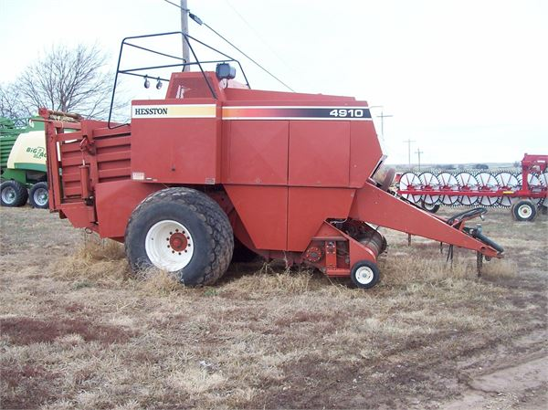 Hesston (KS) United States  city photo : Hesston 4910 for sale Lincoln, Kansas Price: $10,000 | Used Hesston ...