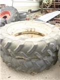 Michelin 13.6-38, Hjul, Dæk og Fælge