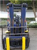 Komatsu 30, 2012, Truck mounted forklifts