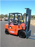 Nissan PJ02A25, Truck mounted forklifts