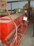 Tive 25 B, Farm Drills