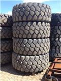 Bridgestone 23.5 - 25 L4 Hitachi ZW220 Reifensatz, 2012, Ελαστικά