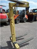 Pallethaak/Crane fork 2000 kg, 2008, Other attachments and components