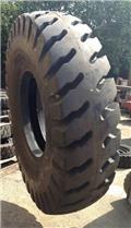 Reach Stacker Tires different sizes available, 2014, Andere Ausstattung und Zubehör