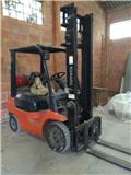 Toyota 7FGCU15, 2000, Low lifter with platform