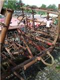 Tive 51 S, Harrows