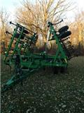 John Deere 980, 2002, Cultivators