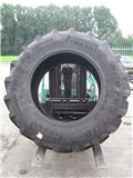 Pirelli 520/85x38, Wheels