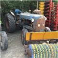 Fordson Super Major, Traktorit