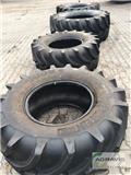 Vredestein 710/70R38 TRAXION、輪子